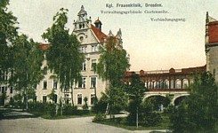 Historic photo of Die Frauenklinik.